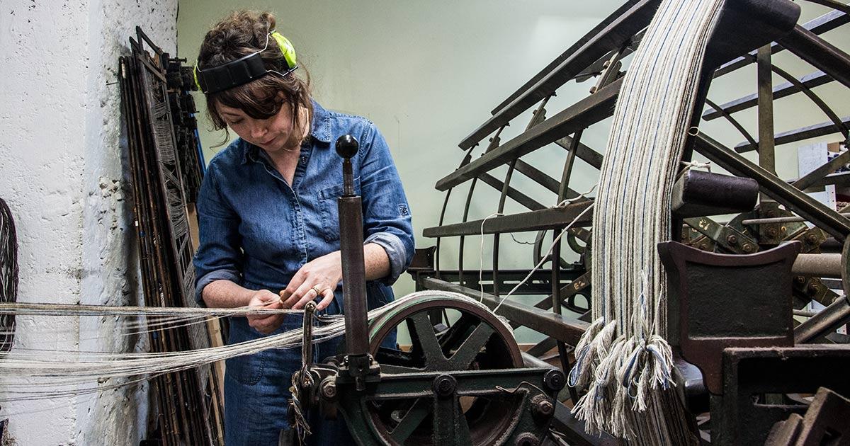 west-coast-media-trip-ardalanish-eilidh-weaving